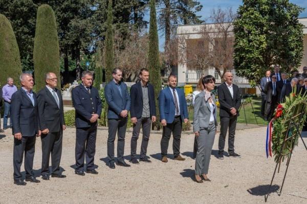Izaslanik Predsjednice RH, Božidar Kalmeta: Zadarska županija će biti snažna koliko su razvijeni njezini najudaljeniji dijelovi