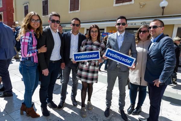 Započelo prikupljanje potpisa kandidata za gradonačelnika Branka Dukića
