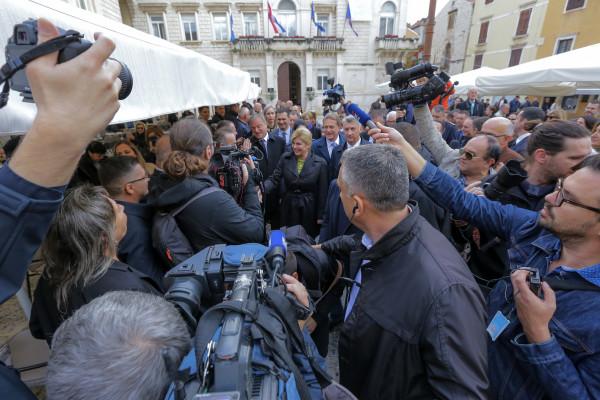 Izaberimo kontinuitet i optimizam, a ne da se vraćamo u stara vremena recesije & Lex Perković!